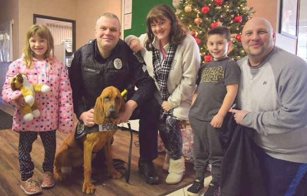Fordeley Family with Ellie the Bloodhound